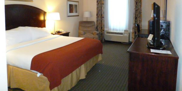 Holiday Inn Express Hotel & Suites Willcox King